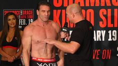 awesome Bellator 149 Main Event Weigh In Highlight