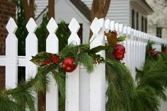 white picket fence decorated for Christmas in Colonial Williamsburg