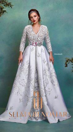 Selma ben omar new collection 2019 BRIDAL - Morrocan Dress, Moroccan Caftan, Arabic Dress, Caftan Dress, Beautiful Gowns, Traditional Dresses, Designer Dresses, Fashion Dresses, Agadir