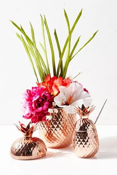 Symbolizing welcome and friendship, Pier 1's exclusive Pineapple Ice Bucket adds a fun tropical touch to your kitchen and makes a great housewarming gift, too. It's handcrafted of copper-colored stainless steel for a stylish metallic look. Luau, anyone?