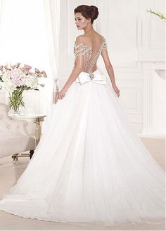 Romantic Tulle Bateau Neckline A-line Wedding Dresses with Beadings