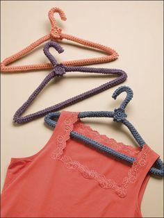 Easy Covered Hangers #freepattern #crochet #easy