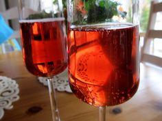 Glasses of sparkling wine Sparkling Wine, Alcoholic Drinks, Photograph, Glasses, Rose, Photography, Eyewear, Eyeglasses, Pink