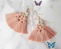 Moonstone Chandelier Earrings, Blush Pink Earrings, Pink Fan Tassel Earrings, Boho Earrings, Wedding Earrings, Large Statement Earrings Moonstone Chandelier Earrings Blush Pink Earrings Pink Fan<br> Pink Tassel Earrings, Chandelier Earrings, Diy Thread Earrings, Diy Statement Earrings, Tassel Earing, Diy Jewelry, Jewelry Making, Jewellery, Fashion Jewelry