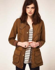 Barbour Vintage Beadnell Jacket in Distressed Classic Wax