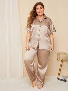 Plus Button Front Satin Pajama Set , Pijama Satin, Satin Pyjama Set, Satin Pajamas, Plus Size Intimates, Plus Size Lingerie, Plus Size Swimwear, Loungewear Set, Sleepwear Women, Pajamas Women