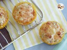 Muffins salati con olive e prosciutto