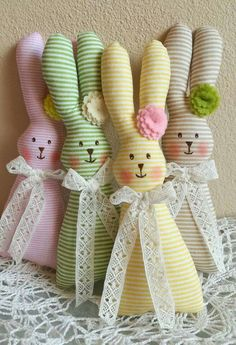 Rabbit Crafts, Bunny Crafts, Easter Projects, Easter Crafts For Kids, Spring Crafts, Holiday Crafts, Sewing Stuffed Animals, Fabric Toys, Hoppy Easter
