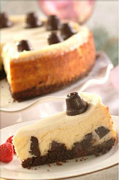 Jingle Bell Cheesecake. Check out this recipe for cheesecake studded with #Nestle