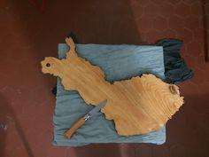 Planche a découpé en bois forme Finlande hommage au design finnois , diy
