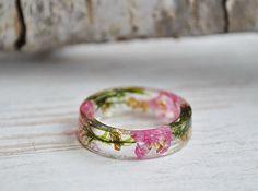 anillos de la naturaleza, naturaleza inspirado anillos, flor de resina anillo, anillo de la resina, resina eco, anillo de resina eco, eco flor, anillo