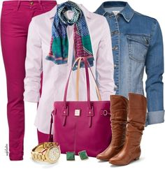 These skinny jeans are starting to grow in me. Casual outfit with pale pink gingham shirt, dark pink jeans, faded blue jean jacket, tan boots and dark pink bag. Pink Jeans Outfit, Pink Pants, Denim Jeans, Casual Jeans, Autumn Winter Fashion, Spring Summer Fashion, Jeans Rosa, Cool Outfits, Casual Outfits