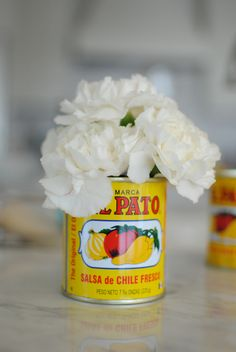 Creative repurposed vases #tomato #carnation #vase #mexican #party #decor #can