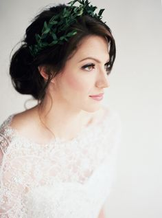 Lovely #bridal hair and makeup by Brittany Massey, image by Leslie Hollingsworth. #wedding