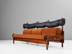 Sergio Rodrigues 'Tonico' Three-Seat Sofa in Solid Rosewood 4 Mid Century Modern Furniture, Modern Sofa, Furniture Making, Furniture Decor, Plywood Kitchen, Curved Sofa, White Home Decor, Furniture Companies, Leather Sofa