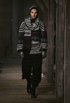 Chanel chunky sweaters and big pants <3