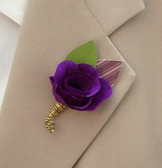 Paper Boutonnieres | Bridal and Wedding Planning Resource for Seattle Weddings | Seattle Bride Magazine
