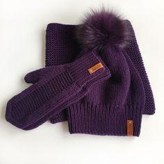🔮 Шикарный фиолетовый комплект. Зимний комплект из 100% шерсти мериноса. Шапочка с помпоном из натурального меха Winter Hats, Gloves, Knitting, Victoria, Fashion, Moda, Tricot, Fashion Styles, Breien