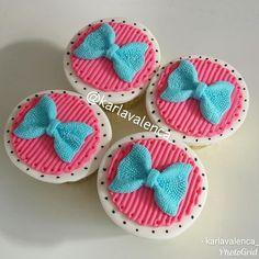Cupcakes lol surprese#cupcakeslolsurprise#cupcakesmagiarte#lolsurprisecupcakes #cupcakeslol Cupcakes, Cupcake Cakes, 7th Birthday, Birthday Parties, Doll Party, Lol Dolls, Fondant, Panda, Birthdays