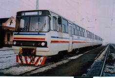 Транспортный блог Saroavto: Рельсовые автобусы Ikarus Dvb Dresden, Swiss Rail, Bonde, Train Art, Busses, Train Tracks, Budapest Hungary, Motor Car, Old World