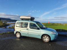 Minivan Camper Conversion, Car Camper, Mini Camper, Camper Trailers, Camper Van, Campers, Van Conversion For Family, Berlingo Camper, Auto Journal