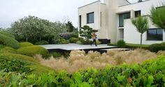 Kleingarten mit b umen stauden und str uchern garten for Entretien jardin queven