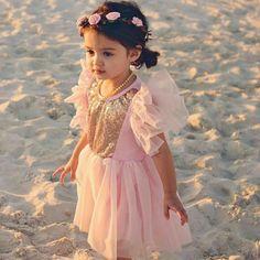 Baby Pictures, Baby Photos, Cute Kids, Cute Babies, Cute Baby Girl Wallpaper, Baby Leggings, Kids Corner, Child Models, Little Princess