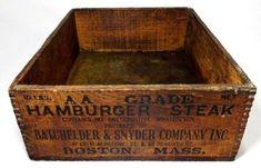 $127.5 EARLY 20TH C ANTIQUE HAMBURGER STEAK WOOD BOX BATCHELDER & SYNDER CO. BOSTON MA #30OFF #boxes #jars #tins Wooden Crate Boxes, Vintage Wooden Crates, Wood Boxes, Wooden Shipping Crates, Ink Stamps, Hamburger, Boston, Steak, Decorative Boxes