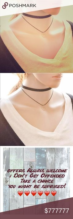 ❤️Coming Soon!❤️Choker and Geo pendant necklace Combining two of the hottest trends: this geo pendant and choker necklace has the best of both worlds Jessie's Accessories Jewelry Necklaces