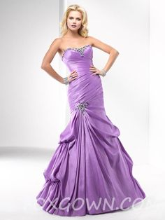 sophisticated a-line prom dress  oh my lord ahhhhhh!!! look at the green yall look at the green!! aaaaaaah!!