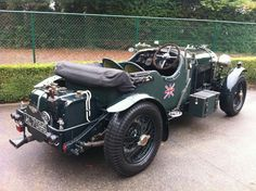 DO YOU LIKE VINTAGE?    Blower Bentley.  James Bonds original ride