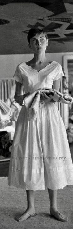 Audrey Hepburn photographed by Franko Fedeli in Burgenstock-Switzerland-1955- De vk.com/timelessaudrey