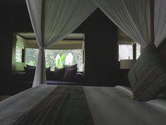 Die Anlage des Kayumanis Ubud – für uns eine der schönsten in der ganzen Region – bietet Ihnen ausgesprochen stilsicher eingerichtete Villen in einer großzügig angelegten tropischen Gartenanlage. #Kayumanis #KayumanisExperience #KayumanisNusaDua #KayumanisUbud  #Boutiquehotel #Boutiqueresort #Indonesien #Bali #NusaDua #Ubud #IndonesienTourismus #TourismusIndonesien #Tourismustv