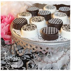 White Chocolate Covered Oreos- I had these at a baby shower and they were to die for!!