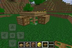 Here's how to make some basic furniture for your minecraft Pe house. Put trapdoors on the sides. Minecraft Houses For Girls, Minecraft Houses Xbox, Minecraft Houses Survival, Minecraft House Tutorials, Minecraft Houses Blueprints, Minecraft House Designs, Cool Minecraft, House Blueprints, Minecraft Creations