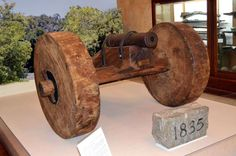 """The cannon believed to be the one the Mexican army tried to take back from the Texians in inspiring the """"Come and Take It"""" flag and the first battle of the Texas Revolution, is on display at the Gonzales Memorial Museum. Texas Revolution, Mexican Army, Republic Of Texas, Davy Crockett, Seven Years' War, Come And Take It, Loving Texas, Memorial Museum, Texas History"""