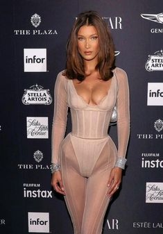 Bella Gigi Hadid, Bella Hadid Outfits, Bella Hadid Style, Sexy Outfits, Cute Outfits, Fashion Outfits, Party Outfits, Night Outfits, Cheveux Julia Roberts