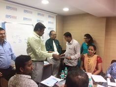 Participants receiving Participation Certificate from Mr. Rajat Srivastava, Regional Director (WR), EEPC India
