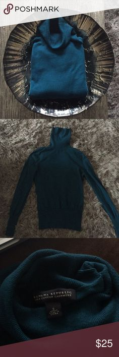Silk Cotton Cashmere Banana Republic Turtleneck OFFERS WELCOME! 🌺  Banana Republic silk cotton cashmere turtleneck is beautiful, rich aqua color. Great condition! Only worn a few times. Banana Republic Tops