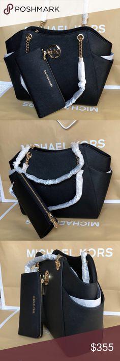 🌴Michael Kors Set🌴 100% Authentic Michael Kors Shoulder Bag and Wallet, brand new with tag!😍😍😍 Michael Kors Bags Shoulder Bags