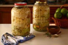 foi de varza murata pentru sarmale la borcan reteta varza murata la borcan in foi reteta Sauerkraut, Kimchi, Pickles, Cucumber, Mason Jars, Bacon, Stuffed Peppers, Mai, Pork