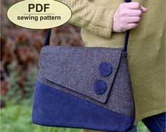 Sedgeford Bag - PDF sewing pattern from Charlie's Aunt DesignsThe simple clean lines of this handbag design by Charlie's Aunt Designs are similar to the styles seen during the with a modern. [caption id= align=aligncenter Advertisement[/caption] Bag Patterns To Sew, Pdf Sewing Patterns, Quilting Patterns, Denim Bag, Fabric Bags, Sewing Projects For Beginners, Sewing Hacks, Sewing Tips, Sewing Tutorials