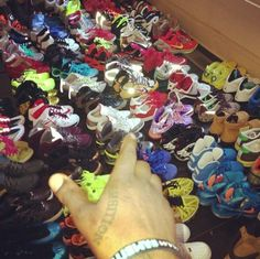The king of sneakers wale