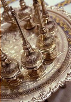 Antiques Arab style Morrocan Interior, Moroccan Decor, Moroccan Style, Arabian Theme, Arabic Coffee, Kohl Eyeliner, Arabic Design, Arab Fashion, Arabian Nights