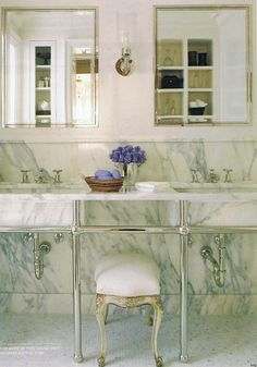 Great veining in the marble