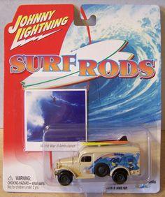 ctd-Johnny Lightning 2003 Surf Rods WW2 Ambulance-tan/wild/nice/A3