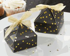 Black and Gold Dot Pyramid Favor Boxes (Set of 24)