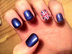 Shellac con nail art bandera inglesa, perfecto!!