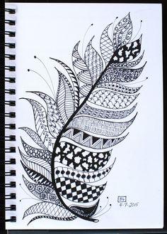 44 ideas for mandala art design zen tangles journals Doodle Art Drawing, Zentangle Drawings, Mandala Drawing, Cool Art Drawings, Zentangle Patterns, Doodling Art, Doodles Zentangles, Zentangle Art Ideas, Drawing Ideas