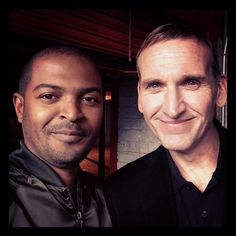 "from Noel Clarke's (Mickey Smith) instragram: ""My morning. A gift for fans. You won't have seen this in a while."" ~ Noel Clarke with Christopher Eccleston! // doctor who Ninth Doctor, Bbc Doctor Who, Noel Clarke, Christopher Eccleston, Don't Blink, Torchwood, David Tennant, Dr Who, Superwholock"
